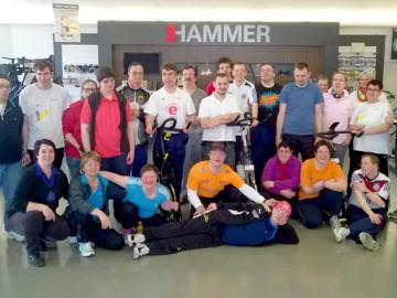 Frühjahrsaktion 2015: Sportliche 1.622,86 € Spende konnte die Lebenshilfe Neu-Ulm in Empfang nehmen